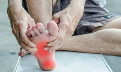 People with diabetes often experience excruciating chronic foot pain.